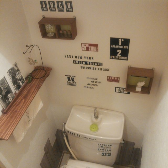 Ryoさんの、バス/トイレ,100均,DIY,一人暮らし,セリア,キャンドゥ,1K,賃貸,インテリアシート,賃貸アパート,キャンドゥの板壁風シート,板壁風シート,のお部屋写真