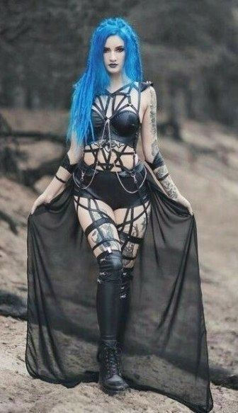 Beautiful Emo Girl Wallpaper Gothic Fashion Ideas For All Those Individuals That