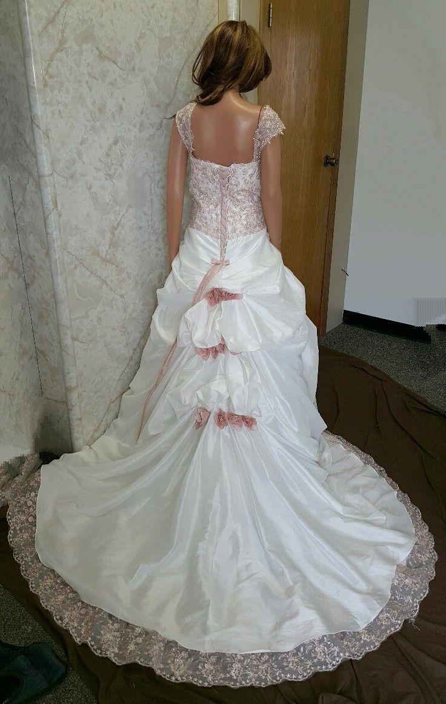 Spanish Rose Wedding Gown Red Wedding Dresses White Wedding Dresses Wedding Dresses [ 1163 x 736 Pixel ]