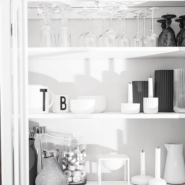 Good morning and have a nice day . I have cleaning day today . That's the plan.  .  .  .  .  #myday#everydaystories#cleaning#designletters#evasolo#lyngbyvasen ##skandinavianhomes#interior#skandinaviskahem#interior123#nordicinterior#skandinaviskehjem#instagood#instamood#skandinavianstyle#everydaystories#bobedre#bolig#interior4all#whiteinterior#mynordicroom#boligpluss#finahem#scandistyling#scandihome#scandi#myhome#pictoftheday#instastories#instaday