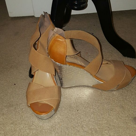 Camel wedge Comfortable and lovely camel wedge with silver Shoe Dazzle Shoes Wedges