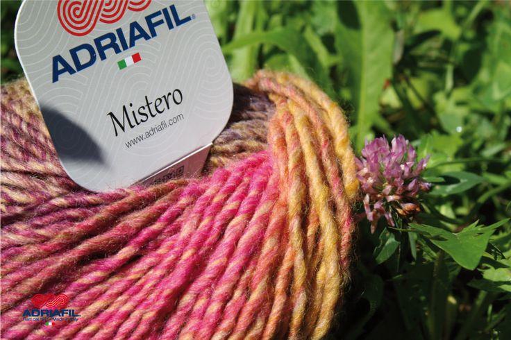 #Mistero #Adriafil, un gioco di caldi colori per portare l'estate dentro il lungo inverno...#DrittoRovescio63  http://bit.ly/DrittoRovescio63 …