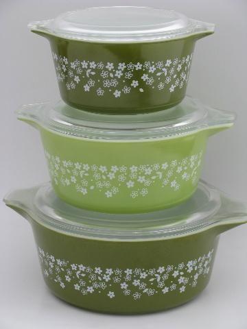 lime green and white crazy daisy spring blossom Pyrex casseroles set