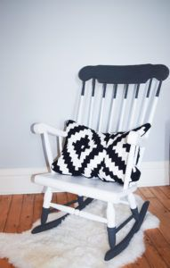 How to DIY a wooden rocker for the perfect paint-dipped look!