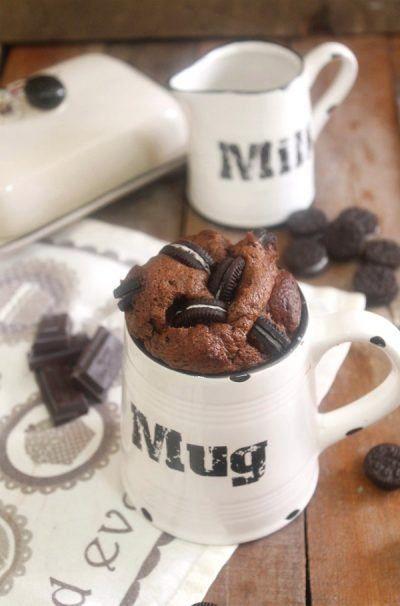 Mug cake de chocolate y Oreo