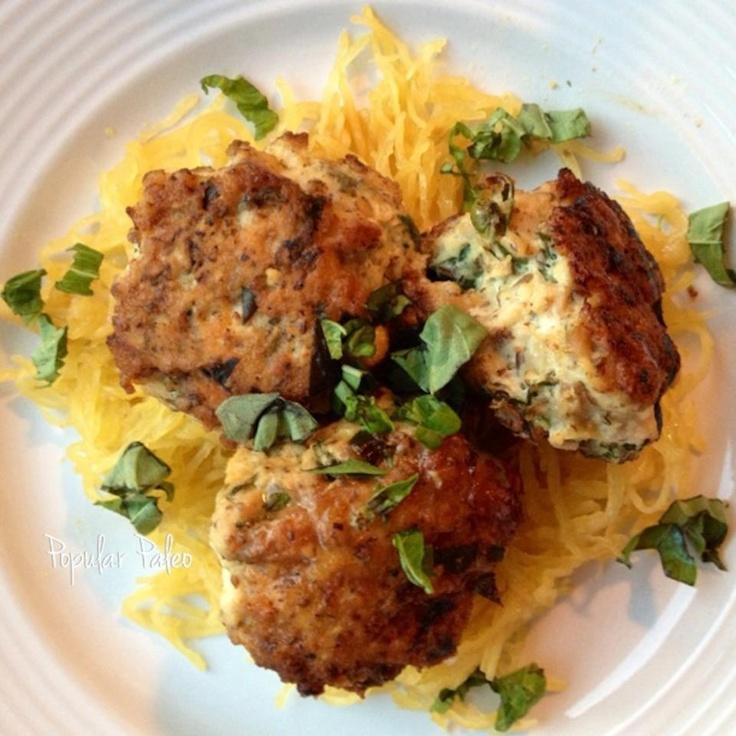Chicken Florentine Meatballs with Spaghetti Squash (21DSD) #PopularPaleo