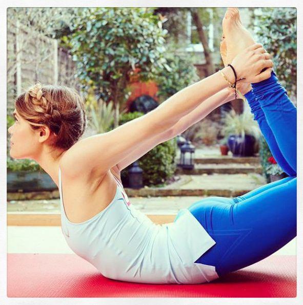 Madeleine Shaw yoga pose, by Healthista.com