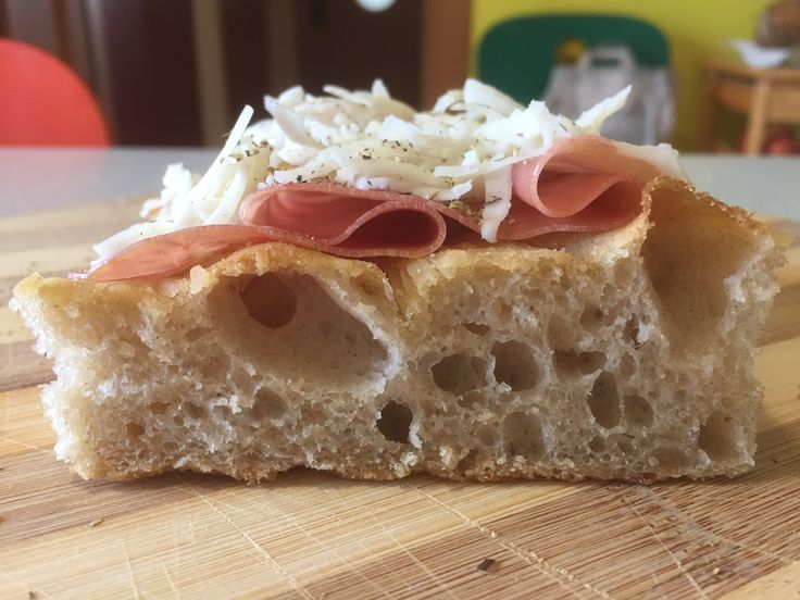 """White bread with flour """"Buratto"""" Type 2 milled natural stone Mulino Marino, Parma D.O.P. Raw, flakes of white Scamorza, oregano and black pepper.  Dough by hand, 85% of hydration, Biga of 36 hours, hydrolysis of 12, matured for 24 hours in the refrigerator plus 6 hours at room temperature; apart from some variable the process always follows a guideline (and we are still far from perfect), but it is the first experience with Marino's.  Well, I assure you that in terms of taste, aroma and…"""