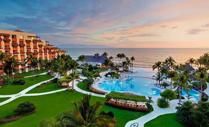 All Inclusive Luxury Puerto Vallarta Resort - Grand Velas Riviera Nayarit Indulge your senses with all-inclusive stunning suites, a holistic spa, world cuisines, a pristine beach and ocean views at our all-inclusive luxury Puerto Vallarta resort.