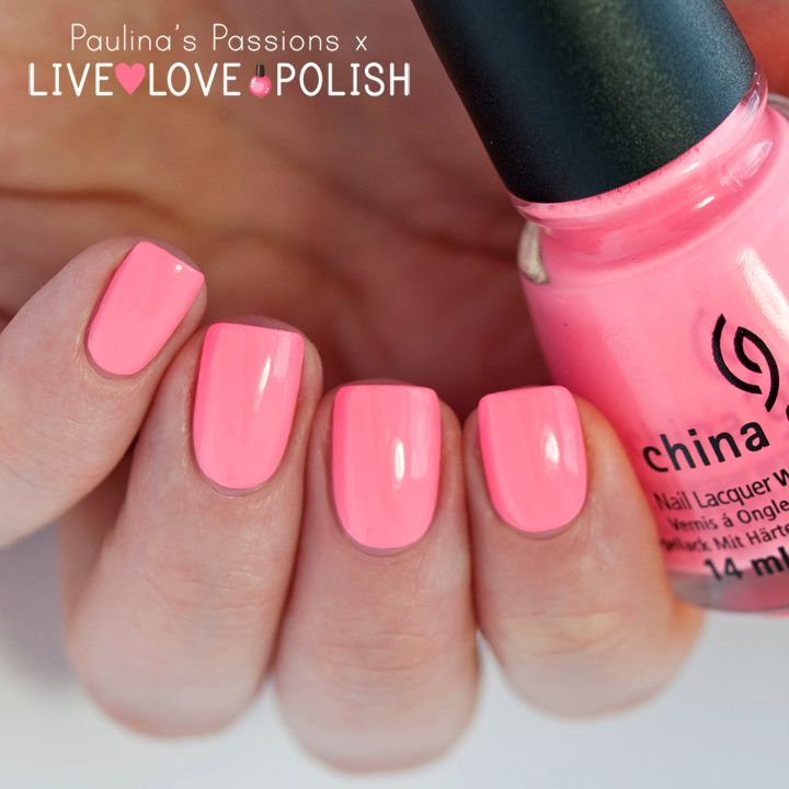 China Glaze Neon & On & On (Sunsational Collection) Swatch by Paulina's Passions