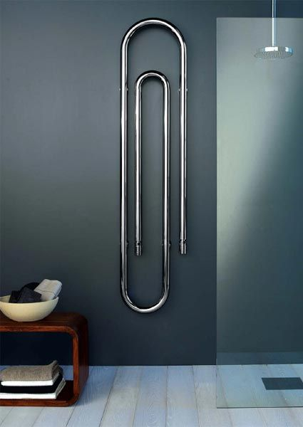 Paperclip towel rail