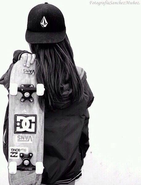 Skater Girl Style                                                                                                                                                      Mais