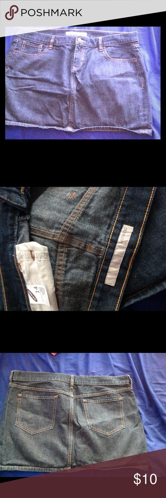 Old Navy jean skirt dark wash Old Navy Jean mini skirt dark wash size 14 Old Navy Jeans