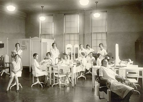 1930's Cosmetology Students