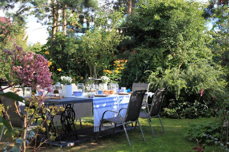 pomysł na stół ogrodowy, maszyny singer