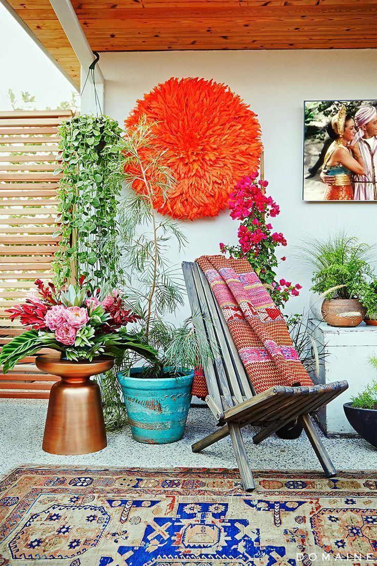 Bohemian Eclectic Outdoor Design | bright colors with plants and planters | bold outdoor rug