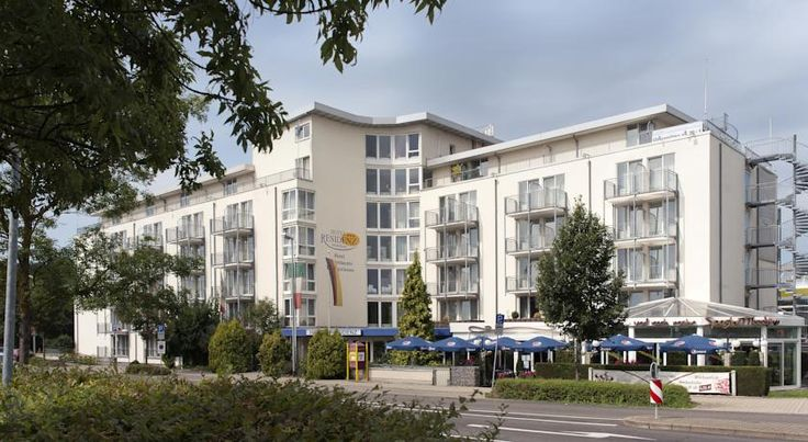Hotel Residenz Pforzheim Pforzheim The Hotel Residenz is situated just 1 kilometre from the Karlsruhe-Stuttgart motorway exit Pforzheim West. The hotel features a restaurant and a welcoming lobby bar. Free WiFi is available in public areas.