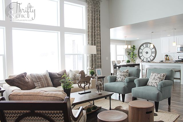 Model home monday living room decorating ideas room for Model home decorating ideas