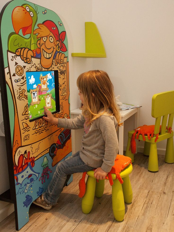 Magic Wall Children Touch Screen Play Kiosk At Doctors