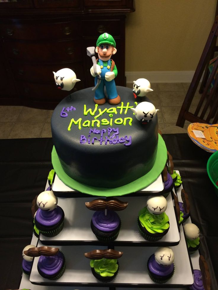 51 best luigis mansion birthday party images on pinterest luigis mansion cupcake tower with boos filmwisefo