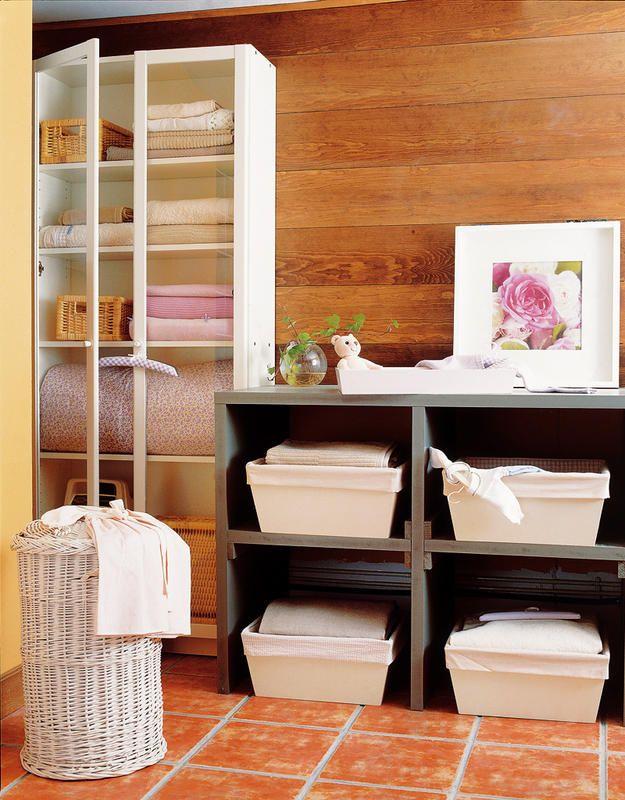 Mejores 123 im genes de ideas para tu cuarto de ropas en for Ideas para lavaderos