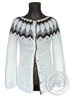 Fell open - Icelandic Design Wool Sweater 4