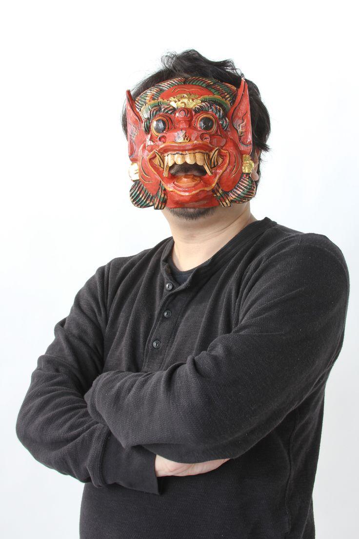 ゲスト◇武田正憲(Seiken Takeda)シナリオライター。PCゲーム、コンシューマーゲーム、ソーシャルゲームのシナリオ制作を多岐に引き受けている。永遠の小説家志望。得意技は誤字脱字。仮面は幼少時代に王の証であるアザを隠すために吸着された。企画投稿SNS『シナリオライターズギルド』の運営に携わっている。