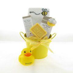 Buzzy baby bath bucket. Organic baby bath lotions #organicbabygifts #babyhampers #babygifts