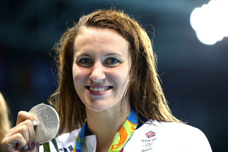 Jazz Carlin: Silver in the 800m freestyle (12 August)