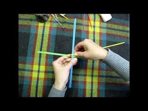 Плетение корзинки из бумажных трубочек - YouTube