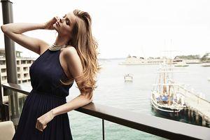 WHO: Robyn Lawley, Model
