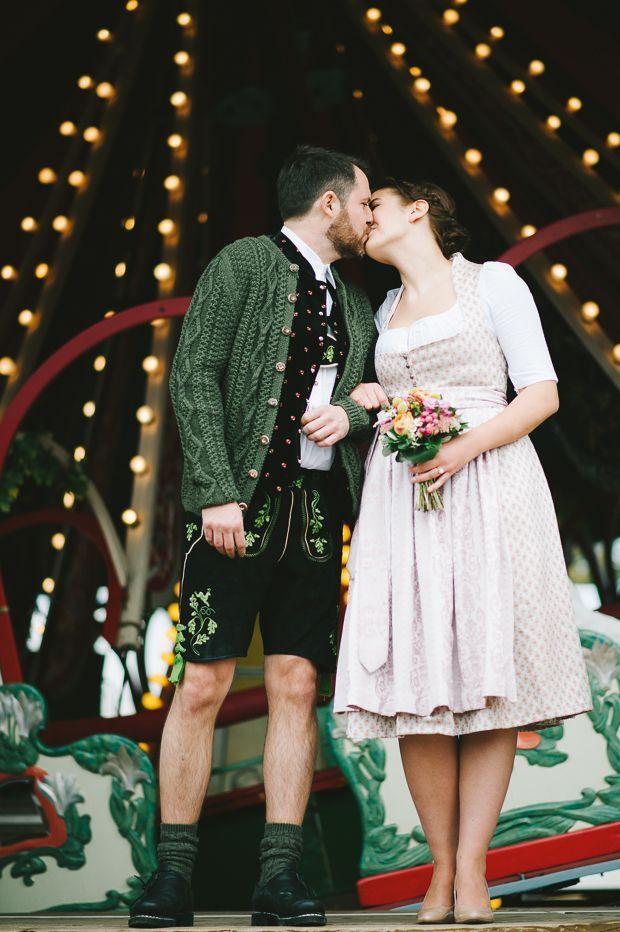 Heiraten In Munchen Von Kristina Assenova Dirndl Around The World Dirndl Hochzeit Standesamtlich Heiraten Heiraten