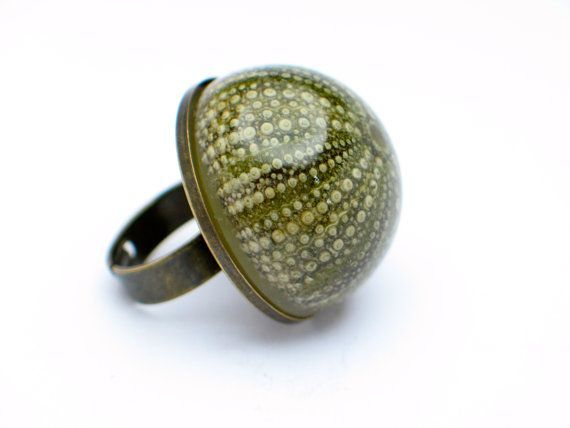 Sea urchin ring. Resin Ring Resin jewelry. by GoldFingerBarcelona