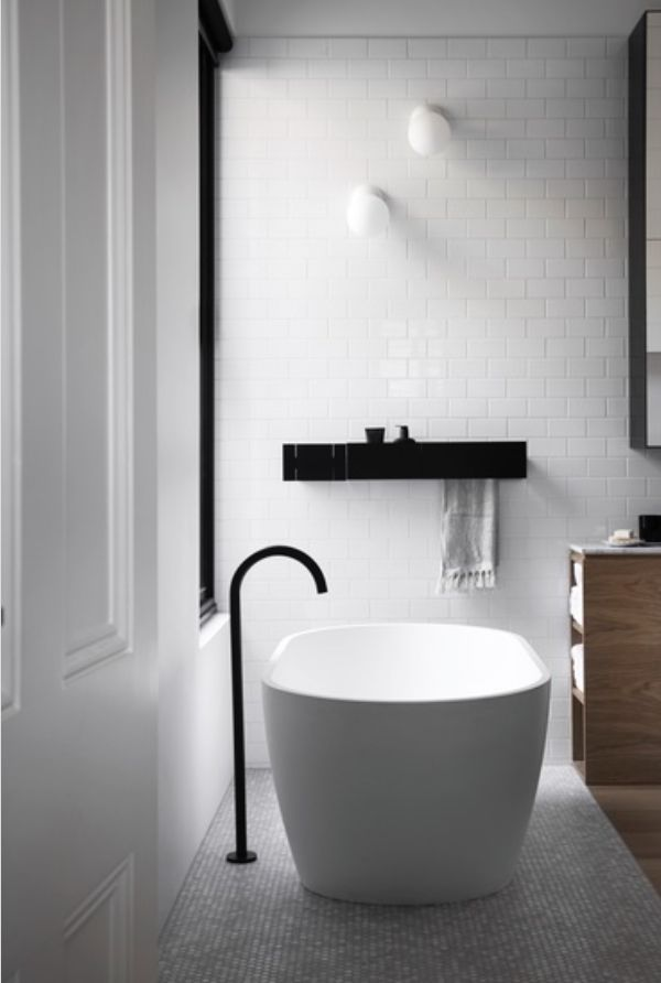 A LiTTLE TUB LoVE... Photography by Sharyn Cains
