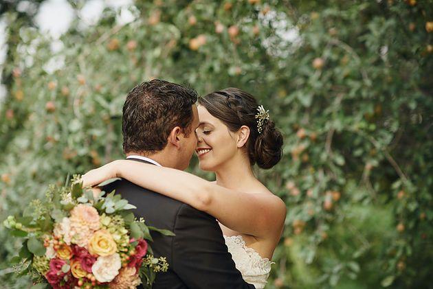 Wilton Photography | Moses Lake wedding | Bhldn wedding dress | wedding portraits | orchard portraits | summer wedding
