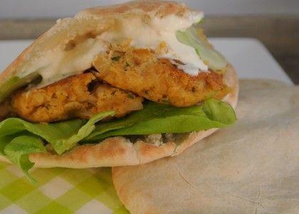 http://www.vriendin.nl/slank-gezond/recepten/4048/recept-voor-een-vegetarisch-broodje-falafel