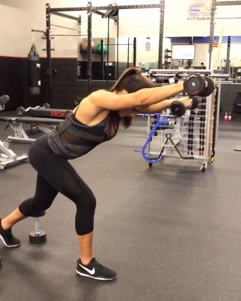"""10.7k Likes, 237 Comments - Alexia Clark (@alexia_clark) on Instagram: """"Upper Body blitz! 1. 15 reps 2. 10 reps each side 3. 15 reps each 4. 15 reps each 5. Burn out…"""""""
