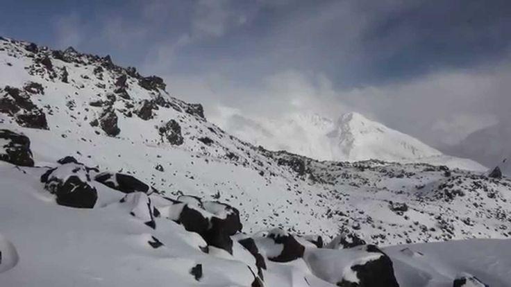 Вид на Кавказские хребты с Эльбруса #КБР #КСК #СКФО