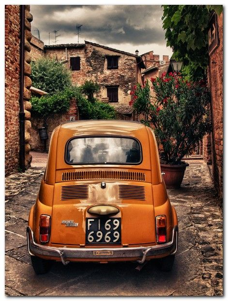 Orange 500 (Car ok. Driver needs servicing) by nedualismineregole, via Flickr