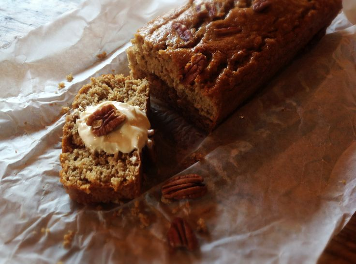 The Most-Moist-Banana-Pecan bread with greek yogurt!! recipe: http://www.seriouseats.com/recipes/2013/02/make-ahead-banana-oatmeal-bread-recipe.html changes: *replaced oil for olive oil * 1 cup all purpose flour, 1/2 cup oat flour / greek yogurt toping: - 1 yogurt - 1 tsp vanilla extract - 2 tsp honey