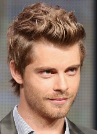 Vai'xyy Luke Mitchell