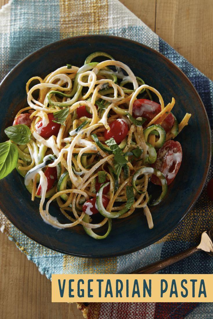 Cheesy Veggie Pasta Daisy Brand Sour Cream Cottage Cheese Recipe Vegetarian Pasta Veggie Pasta Veggies