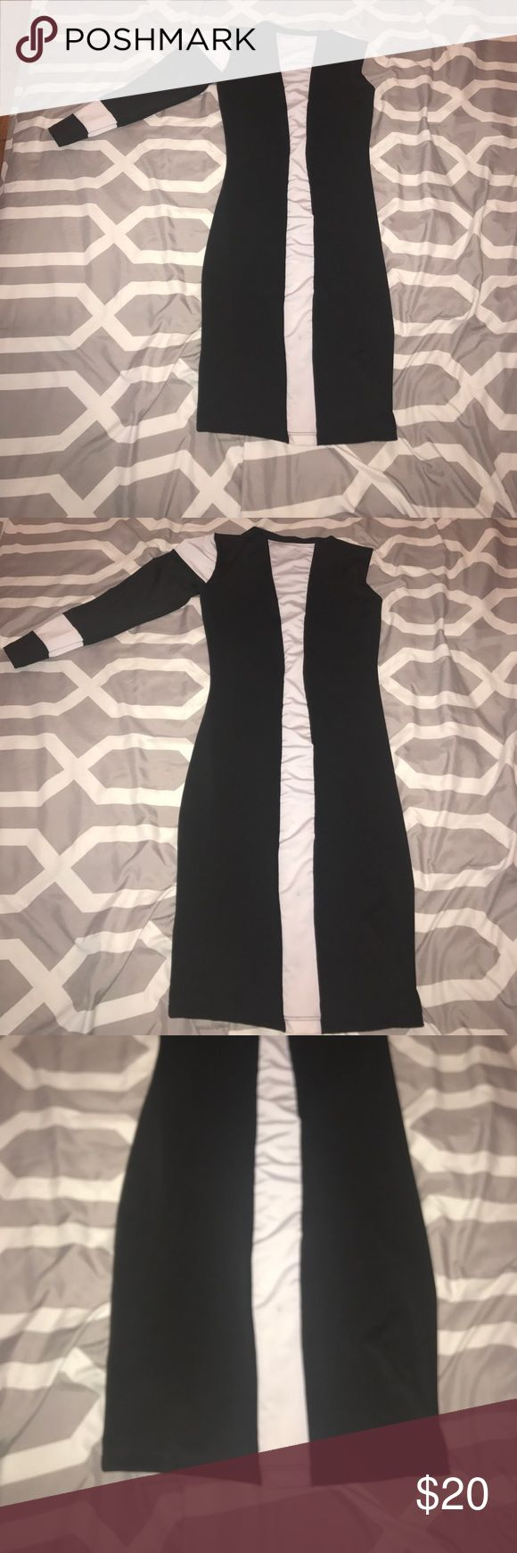 Black and white one sleeve dress Black and white one sleeve dress! I've only worn it once to a party! Dresses Asymmetrical