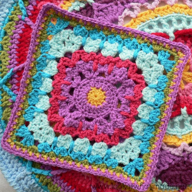"""Block 23 of the Block a Week CAL 2014 is Margaret MacInnis' """"See How They Run"""". Learn how to make spiked stitches with this cute, easy pattern."""