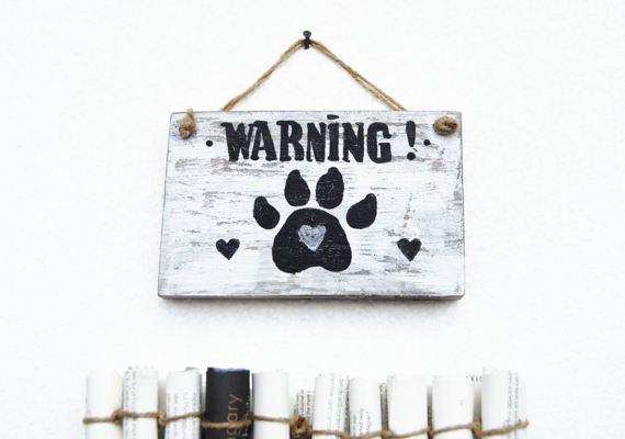 Reclaimed wood distressed Beware sign,Rustic home decor, Farmhouse sign, Warning dog wood sign, Beware dog upcycled sign, Attention dog sign
