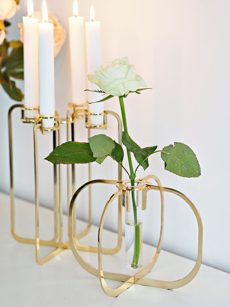 Be & Liv Gold gifts for the design lover.Unique, flat packed and gold plated they are truly special pieces. http://bit.ly/2wMkPTP