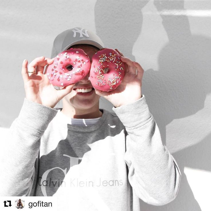 . #Repost @gofitan (@get_repost)  donut give up  Yes most off my content is healthy but sometime I donut care  my secret I  donuts... will be followed by an amazing @bowl.and.arrow  #balance #donuts