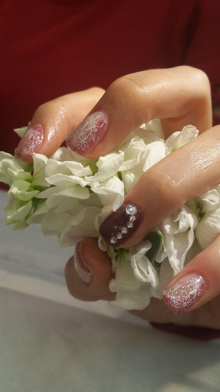 Çiçek kadar güzel Tırnaklar..
