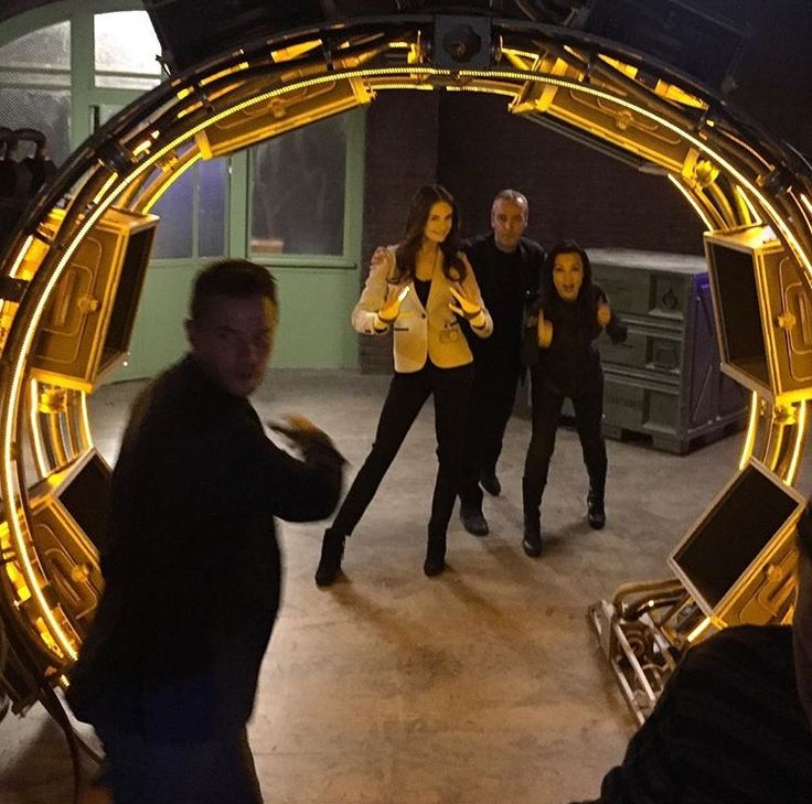 Behind the scenes on Agents of S.H.I.E.L.D.
