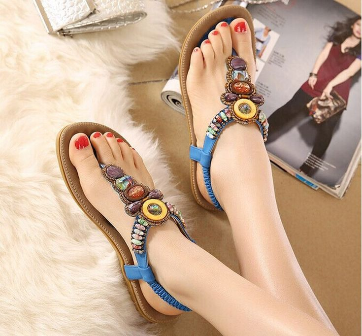 Material: PU Leather.   Color: Black ,Beige ,Blue ,Pink --- 4 Colors.   China Size: 36/37/38/39/40/41/42.   Please according your foot length to select c